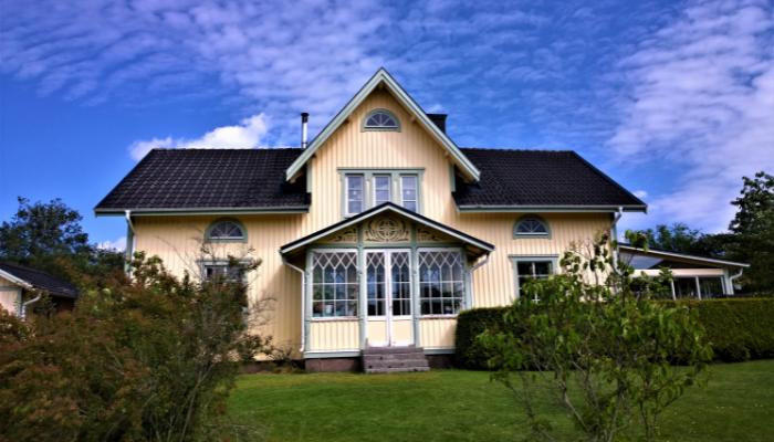 En stor familjevilla behöver inte bli kostsam när barnen flyttar ut